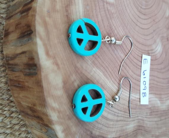 Turquoise Peace Sign Earrings / Turquoise Howlite Earrings / Dangle Earrings / Hippie Earrings / Boho Jewelry / E61098