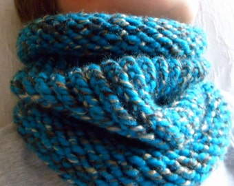 Adult snood scarf turquoise