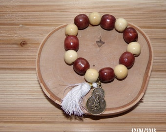 N1207 Large wooden Beaded Bracelet with Chinese good Luck Charm