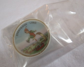 Storybook Land Amusement Theme Park Woodbridge, Virginia Miniature,  2-Inch Souvenir Ceramic Plate Keepsake Jack Be Nimble