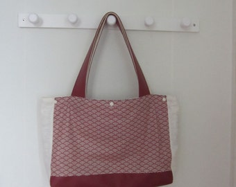 Red and white sushi tote bag