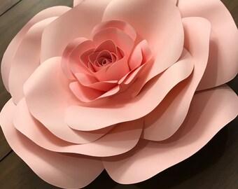Light Pink Paper Flower (Medium)
