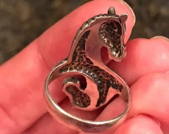 Sterling two headed horse ring