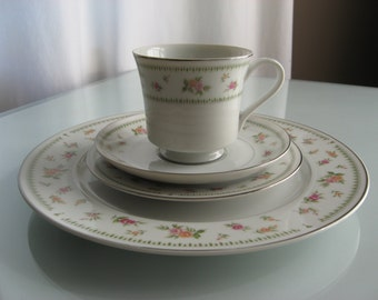 Abingdon Porcelain China 4 Piece Place Setting