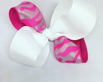 Animal print bow, pink and white bow, bows for girls, hair bows for girls, toddler bows, custom bow, baby bows, girl bows, unique bows