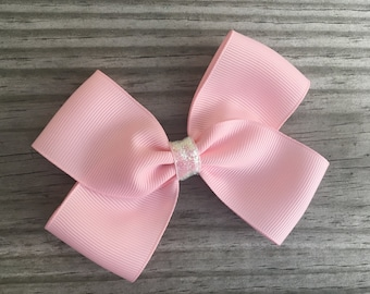 Light Pink Bow / Pink Bow