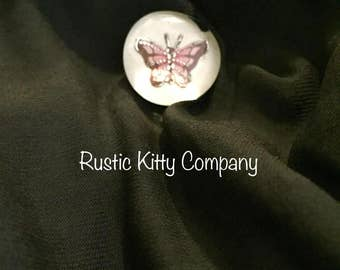 Butterfly small pin