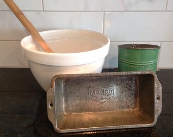 Vintage Morton Loaf Pan