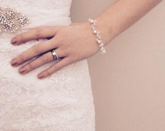 Pearl and Crystal Bracelet, Bridal Bracelet