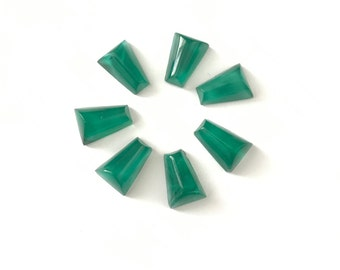 8 Vintage Glass Trapezoid Wedge Cabochons // 3d Triangle Cabochon // 6 x 8mm