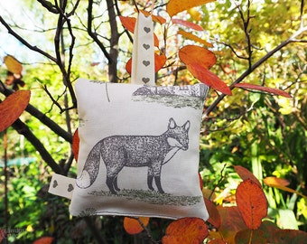 Handmade Woodland Animal Print Lavender Sachet (foxes design)