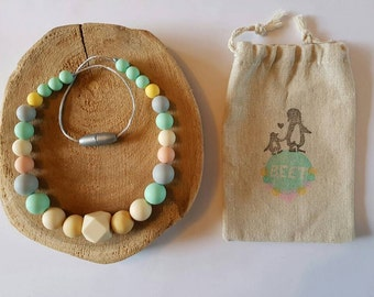Chain for children with wooden and silicone beads. Teething necklace. Stress release. Chew need. Safety closure. Chewelry Teething Necklace