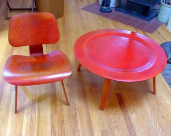 Vintage Charles Eames LCW Lounge Chair and CTW Coffee Table 5-2-5 Wood Base