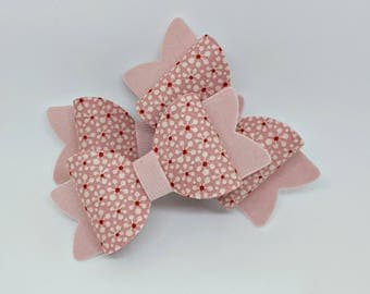 Small Pink and Red Simple Flower Bow