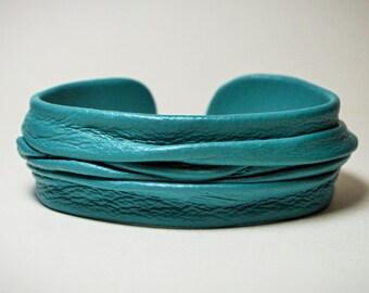 Genuine leather adjustable bracelet cuff. Turquoise leather bracelet, statement bracelet. Bohemianl leather bracelet. Hippie bracelet cuff.
