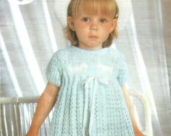 Sirdar 3371 Babies Dress, Vintage Knitting Pattern