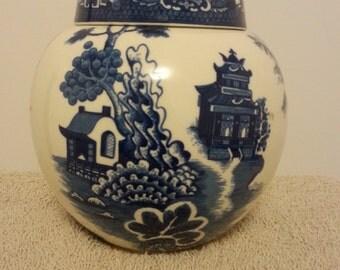 Vintage Blue Willow Ginder Jar - large (England)  *Sale Priced*
