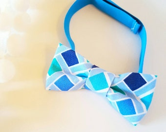 Shades of Blue baby boy bow tie, on velcro [Baby Lou]