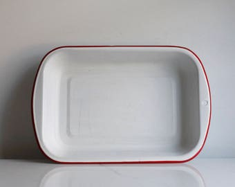 enamelware baking pan light blue and white graniteware. Black Bedroom Furniture Sets. Home Design Ideas