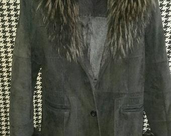 K - yen vintage fur coat.