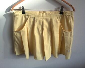 SALE! Vintage retro pastel light yellow tennis shorts panties skirt / Elefanti / early 90s / Size 14 / Size L