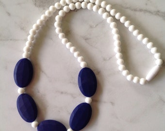 SALE! ALL Necklaces 10 AUD! Silicone Teething Necklace - Navy & Snow