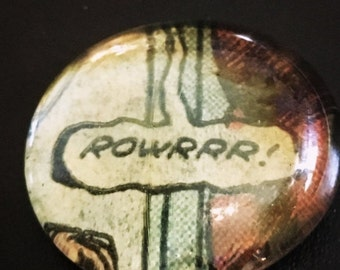 Vintage RAWWWRRR Comic Glass Pebble Magnet