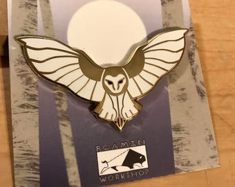 Barn Owl Flight Hard Enamel Lapel Bird Pin