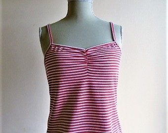 TREND top from the 60s red and white sailor top with thin straps / here is a top sailor red and white to the thin straps, 1960.