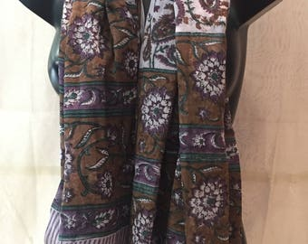 Summer sarong. Brown sarong. Shawl for summer. Shawl for the beach. Cotton print cloth. Brown cloth. Cloth flowers.