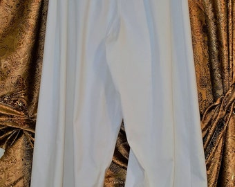 Wide leg cotton pants in white