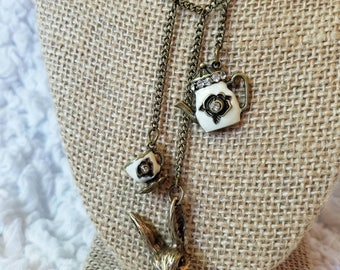 Tea time - necklace inspired by Alice in Wonderland