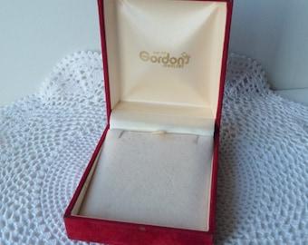 SALE, Vintage Jewelry Box, Red Velvet Jewelry Display, Gordon's Necklace Jewelry Box From 50's, Storage Box, Jewelry Storage Organizer Box