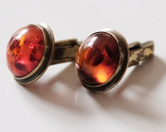 Set of 1920s / 1930s ART DECO cuff links with Amber Front.