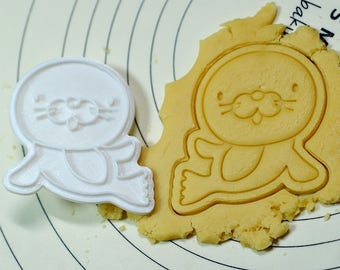Cute Seal Cookie Cutter and Stamp Set