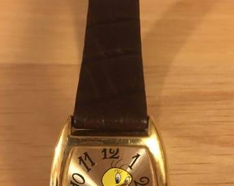 Vintage Armitron Tweety Bird Watch TM & Warner Bros brown and gold tone