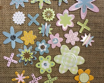 2.5mm Thick Good Quality Die Cut Cardboard Flower Set, 24 in total, great for card making & scrapbooking.
