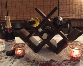 Tabletop Wine Rack, Solid Wood, Handmade, 8-bottle, Butterfly Lattice