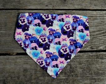 Spring Pansy Slip-on Dog Bandana//Dog Bandana//Spring Dog Bandana//Purple Dog Bandana//Flower Dog Bandana//Dog Scarf