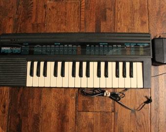 PSS-130 Yamaha PortaSound 1987