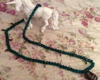 "Long Pearl Necklace Crystal faceted ""Emerald"""