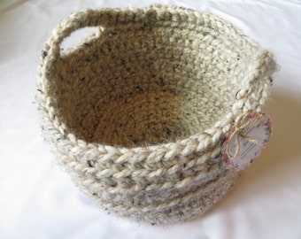 Oatmeal*Crocheted*Basket