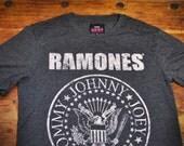 Official Ramones Band Tshirt size Medium