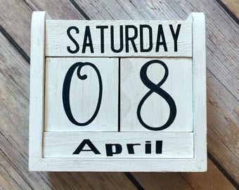 Block Calendar Hand Painted Rustic Wood Block, Perfect for Birthdays Gifts, Vinyl Lettteting, Rustic Desk Calendar, Perpetual Calendar