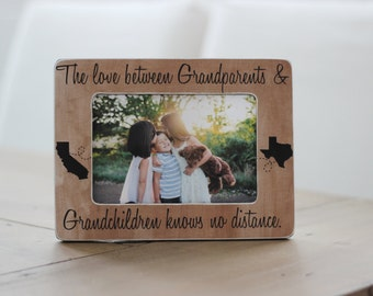 Christmas Gift Grandparents Long Distance States Personalized Picture Frame GIFT The Love Between, Knows No Distance Quote
