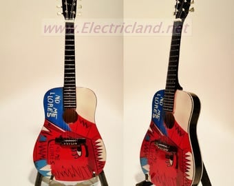 mini guitar Mini Guitar Chris Martin COLDPLAY No Me Llores memorabilia miniature chitarra gitarren guitara