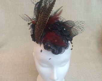 """Fascinator Designer's """"Alfa Wing"""" hat"""