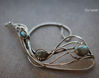 Ear cuff Elf jewelry Labradorite gemstone Labradorite jewelry Cuff wrap  Fantasy inspired Wire wrap jewelry Wrapped ear cuff Elf fantasy