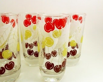 Water Glasses Cherry Cherries Design 1960s Set of 8 Vintage Drinking Glasses Mid Century Kitchen