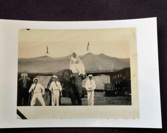 """Cole Brothers Circus 1937 """"Spec"""" . 4 x 6 photo.  See description"""